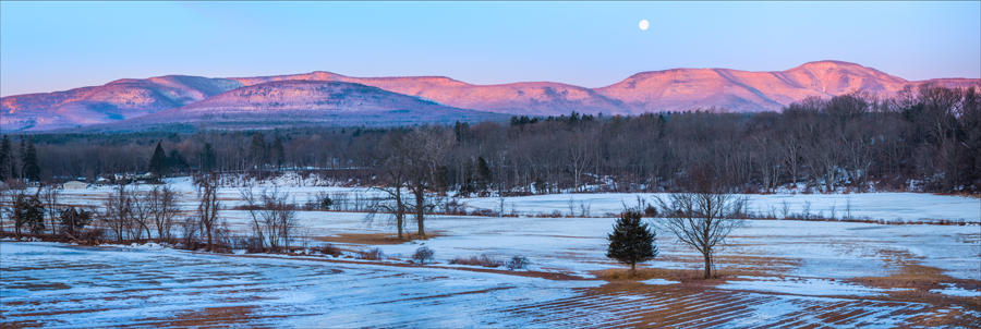Catskill mountain sunrise from freehold